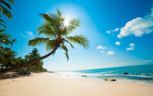 Фото обои песок, пляж, небо, солнце, облака, камни, океан
