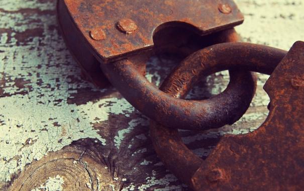 Фото обои metal, rust, padlock