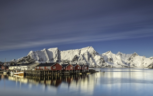 Фото обои небо, горы, берег, побережье, дома, Норвегия