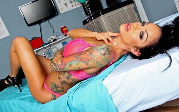 Фото обои perfect, curves, big tits, gorgeous, brunette, hot nurse, hot