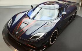 Обои отражение, фара, Koenigsegg, карбон