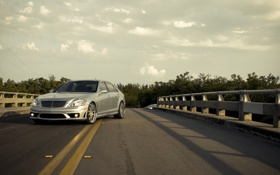 Обои silvery, S 65, Mercedes, серебристый, небо, мерседес, AMG
