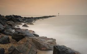 Обои море, камни, берег, коса, морской пейзаж