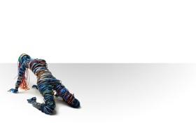 Обои обои, абстракция, фигура, девушка, провода, цвет