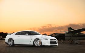 Картинка белый, небо, закат, аэроплан, Nissan, GT-R, ниссан