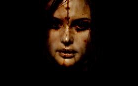 Обои взгляд, лицо, фон, брюнетка, шрам, I Know Pain