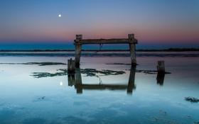 Обои море, пейзаж, ночь, опоры