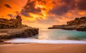 Картинка волны, пляж, облака, люди, огонь, рок, оранжевое небо