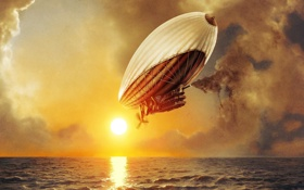 Обои дирижабль, небо, солнце, море