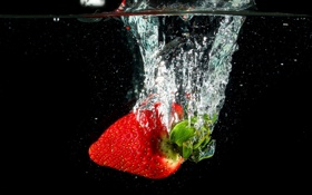 Картинка клубника, вода, макро