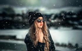 Картинка снег, очки, губки, Александра