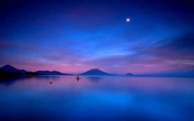 Картинка закат, облака, небо, вода, луна, горы, синяя