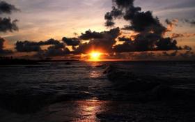 Картинка песок, море, волны, пляж, закат, берег