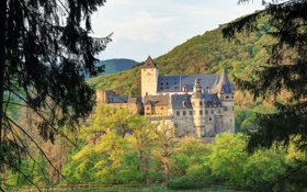 Картинка деревья, горы, замок, Германия, Mayen, Buerresheim