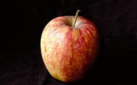 Обои макро, фон, чёрный, яблоко