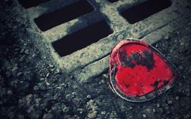 Обои камни, Сердце, грязь, сток