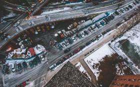 Обои зима, крыша, снег, здание, Нью-Йорк, знаки, автомобили