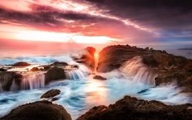 Картинка море, волны, небо, камни, берег, побережье