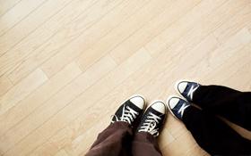 Обои ноги, фото, обои, картинка, фон, пол, кеды