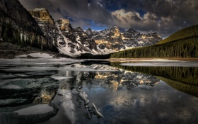 Обои Banff National Park, Canada, Moraine Lake