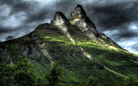 Обои небо, тучи, скалы, гора