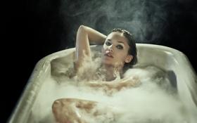 Картинка девушка, ванна, BRIT BLISS
