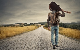 Обои дорога, небо, облака, деревья, природа, гитара, guitar