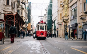 Картинка люди, улица, англия, трамвай, народ, england, tram