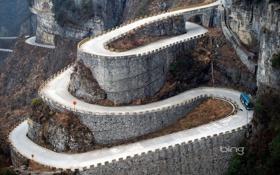 Обои дорога, горы, автобус, мостик, серпантин