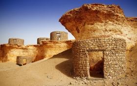 Картинка песок, небо, камни, руины, Qatar, Zekreet