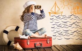 Картинка рисунок, ракушка, девочка, бинокль, чемодан, спасательный круг, бумажный корабль