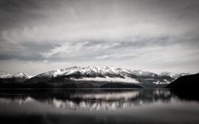 Картинка небо, вода, горы, озеро, белое, черное