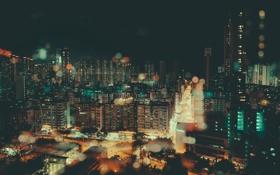Обои свет, город, люди, автомобили, улицы, аллеи, линия горизонта