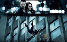 Обои стекло, осколки, кадр, падение, Колин Фаррелл, Colin Farrell, Noomi Rapace