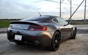 Обои серый, Aston Martin, столбы, grey, Астон Мартин, задок, линия электропередач