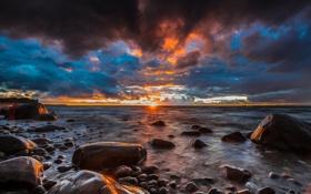 Обои камни, пляж, побережье, рассвет, океан, солнце