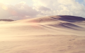 Картинка песок, небо, солнце, облака, свет, природа, пустыня