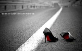 Обои дорога, время, фон, обувь