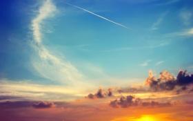 Обои закат, облака, небо, след