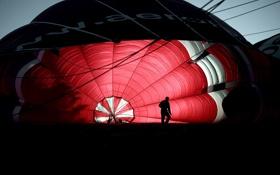 Обои красный, люди, темный, шар, Воздушный