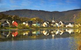 Обои горы, река, фото, дома, Город, Германия, Бридерн