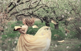 Обои книга, девушка, страницы, ветер, весна