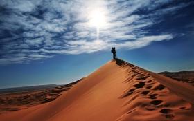 Обои ситуации, путешествия, холмы, настроение, вид, человек, песок