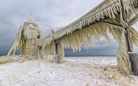 Обои стихия, маяк, лёд, мороз, озеро Мичиган, Lake Michigan