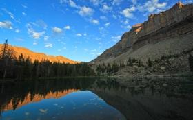 Картинка небо, закат, горы, озеро, отражение, скалы