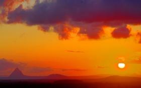 Картинка солнце, облака, горы, пейзажи, фотографии, закаты солнца, красивые обои для рабочего стола