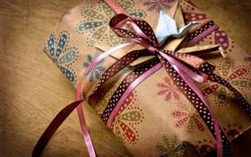 Обои бумага, ленты, праздник, коробка, подарок, оригами, банты