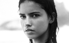 Обои Модель, лицо, взгляд, Adriana Lima