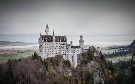Обои замок, горы, долина