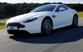 Картинка машина, Aston Martin, скорость, трасса, Vantage S